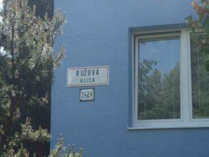 alufix-ruzova-ulica-balkony-zilina